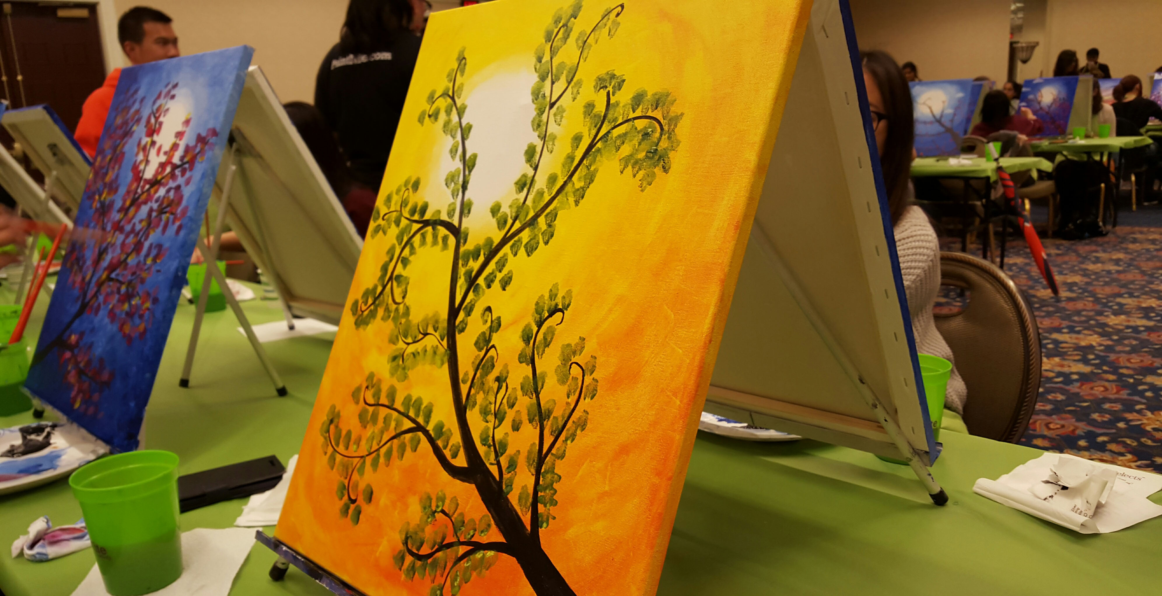 Orange After Dark Paint Nite event allows students to ...