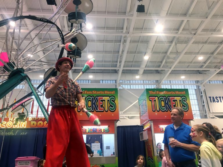 Hilby the juggler at Winter Fair 2020 at NY State Fairgrounds