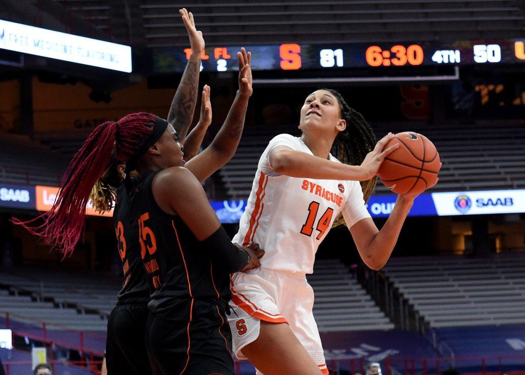 The Syracuse women's basketball team take on the Miami Hurricanes Sunday Jan. 17, 2021. Dennis Nett | dnett@syracuse.com