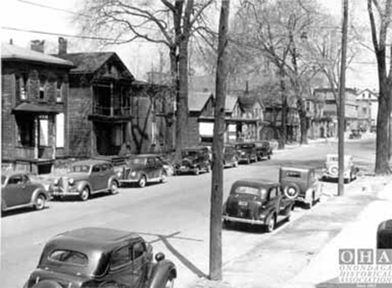 Visualizing 81 - Syracuse's 15th-Ward - E. Washington-St. 1940s