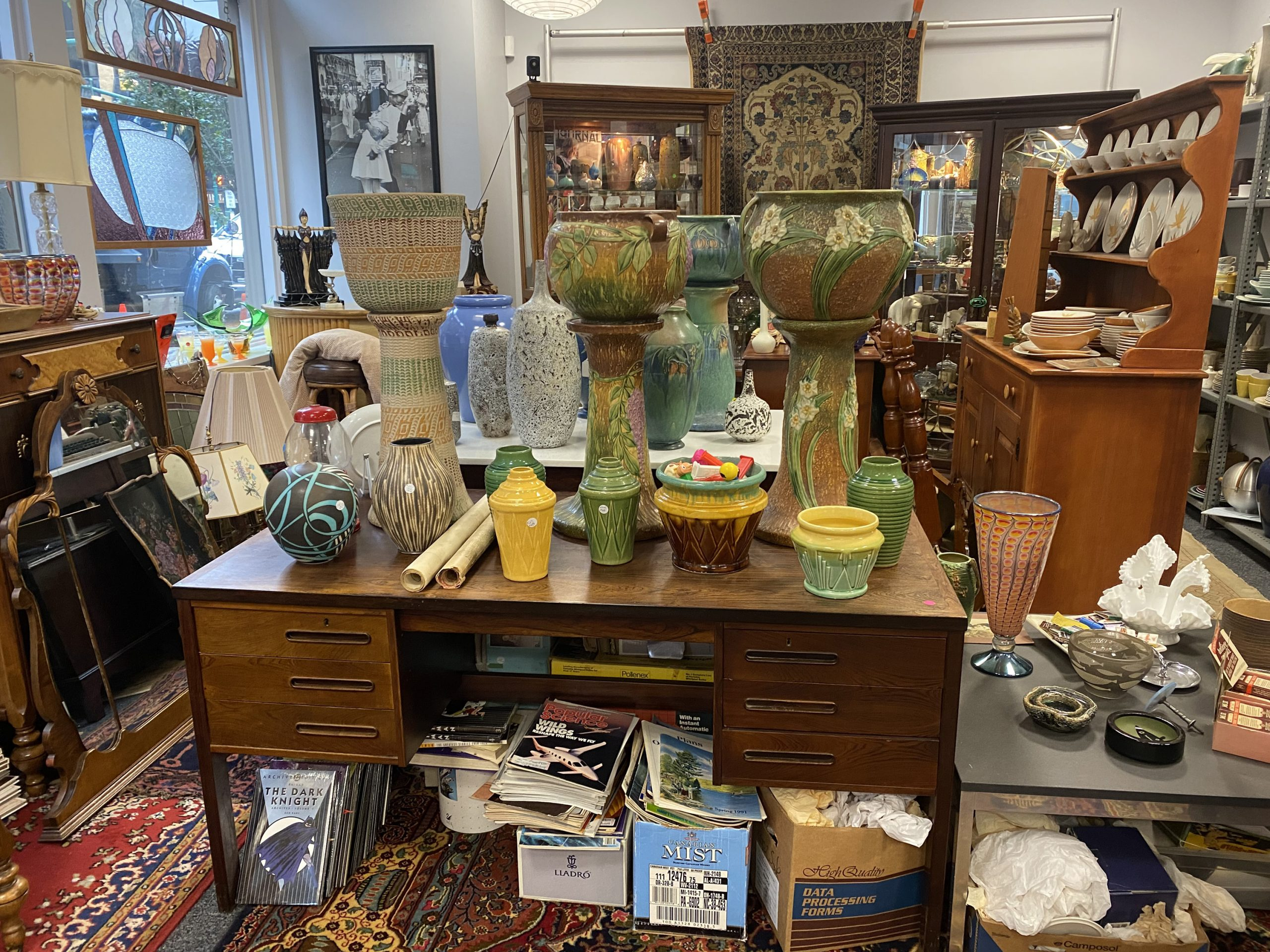 A room full of objects in Antique Underground in Syracuse NY
