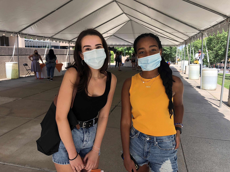 Sophia Anastasakis (left) and Isabel Bekele (right), Syracuse University freshmen