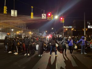 About 100 protestors blocked traffic along Waverly Ave. Wednesday night in an effort to call for negotiations with SU admins.