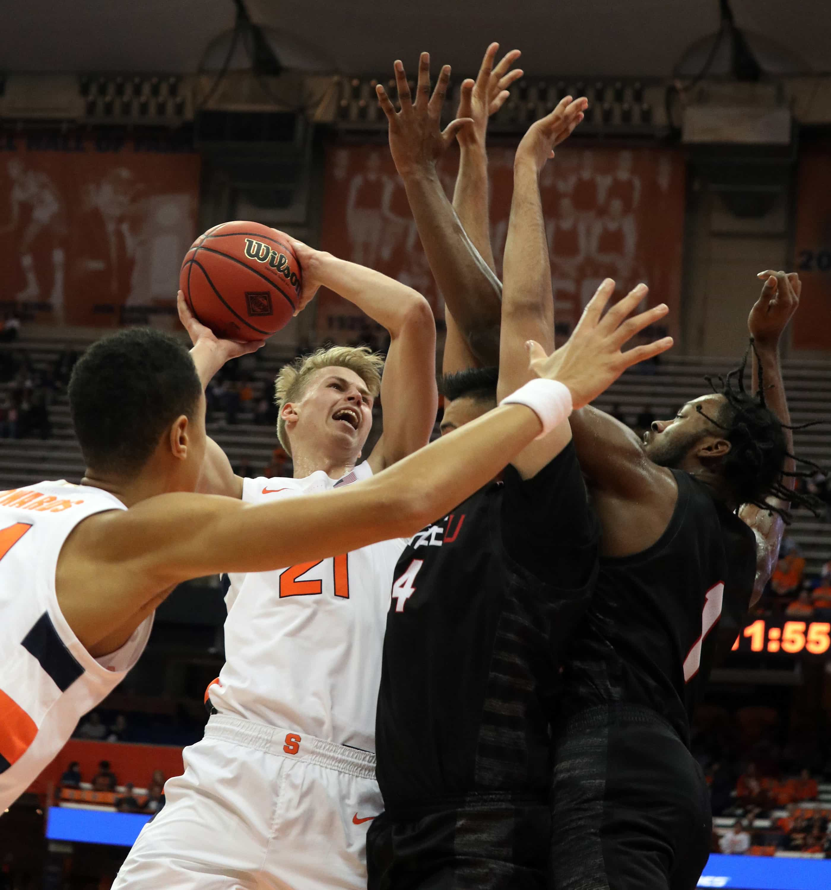 Syracuse University's forward Marek Dolezaj (21), goes for a lay-up against Seattle University during a college basketball game on Nov. 16, 2019. Syracuse beat Seattle with a score of 89 to 67.