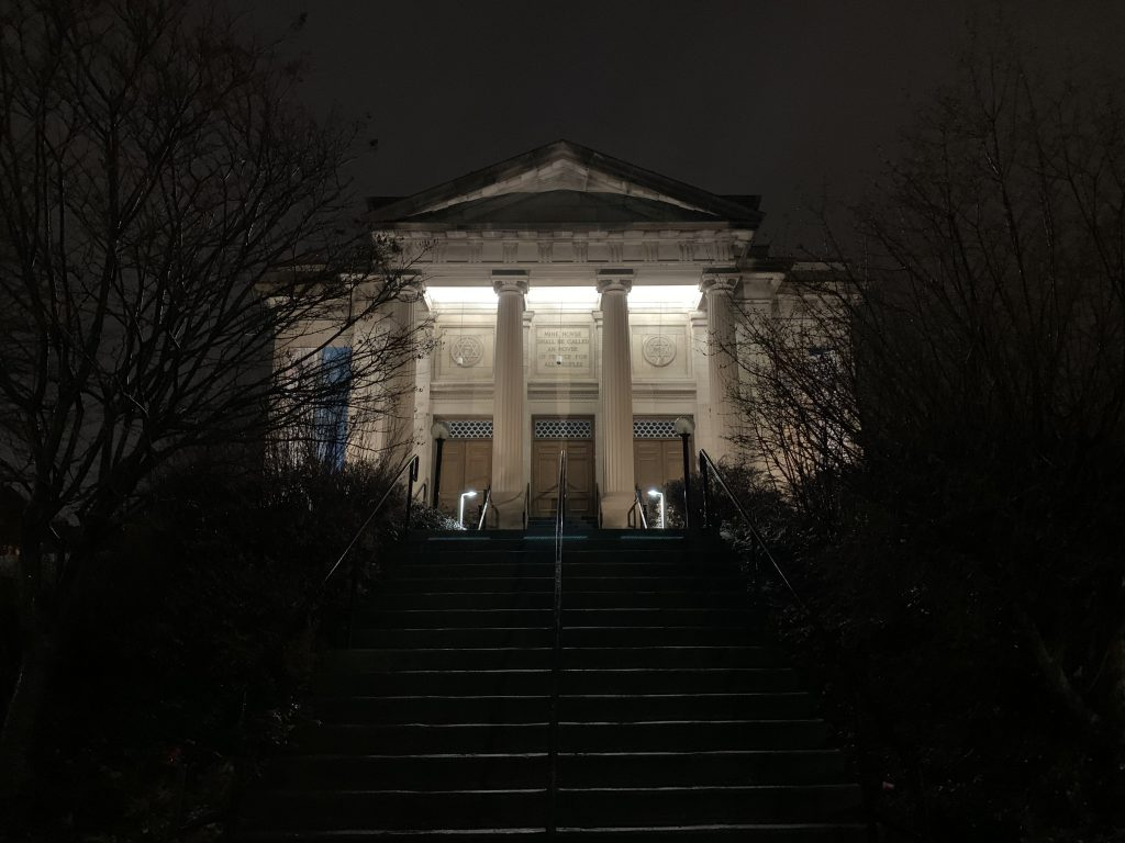 Temple Concord in Syracuse at night
