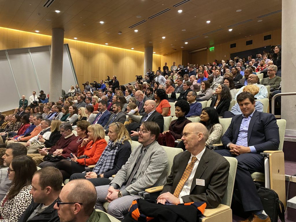 A capacity crowd in the Melanie Gray Ceremonial Courtroom in Dineen Hall on Monday listens to Chancellor Kent Syverud delivered his Winter Message.
