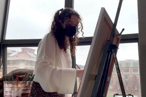 Syracuse University student artist Bailee Roberts has used this past year to push her creative boundaries.