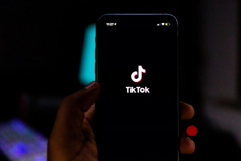 Many SU students have taken to TikTok for entertainment throughout the pandemic.